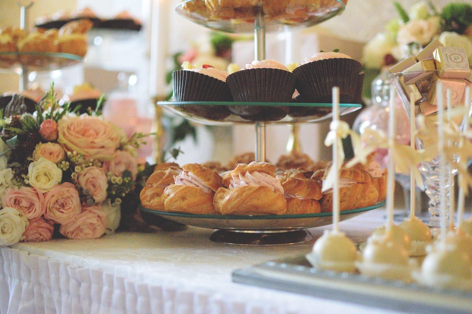 10 Wedding Catering Ideas To Charm Your Guests In 2020 Joy
