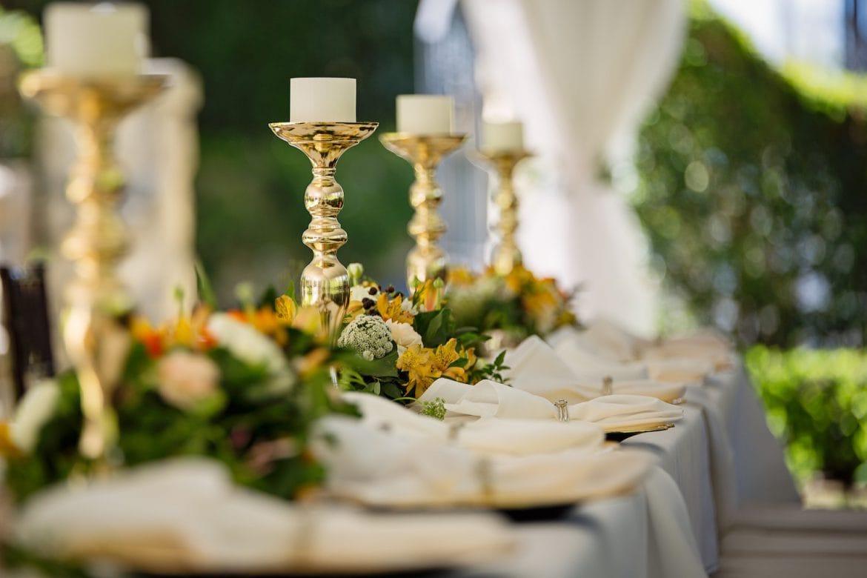Wedding Centerpieces on a Budget 20 Creative Ideas   Joy