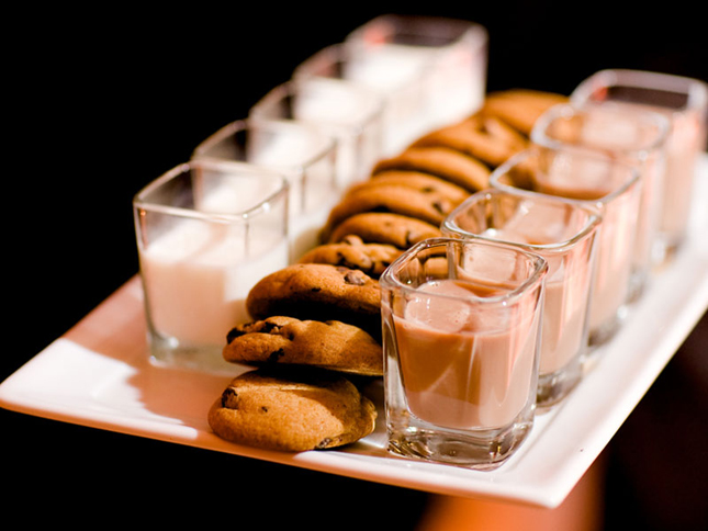 wedding milk and cookie bar