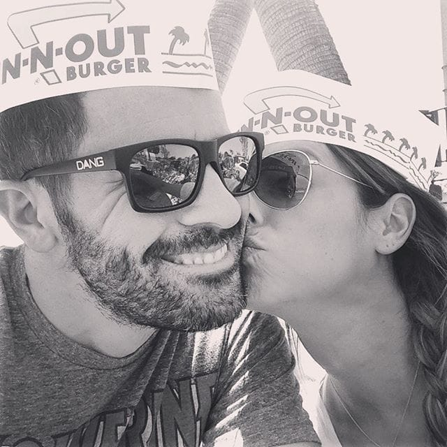 couple at in n out