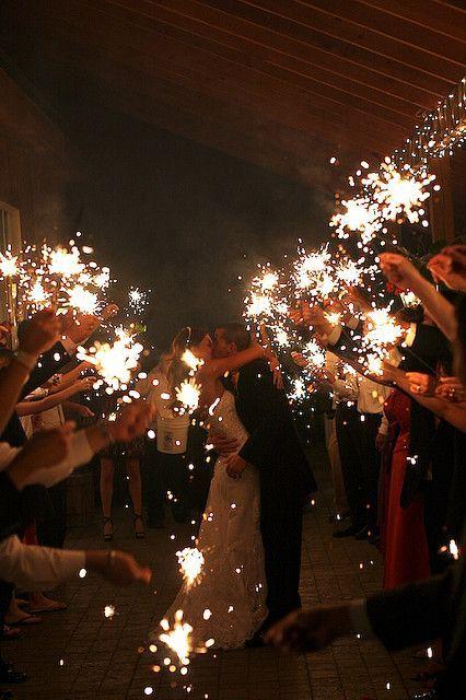 sparklers outdoor summer wedding ideas