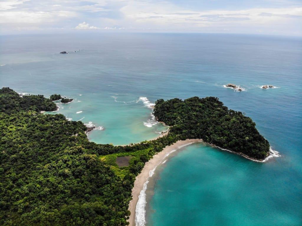 costa rica manuel antonio national park