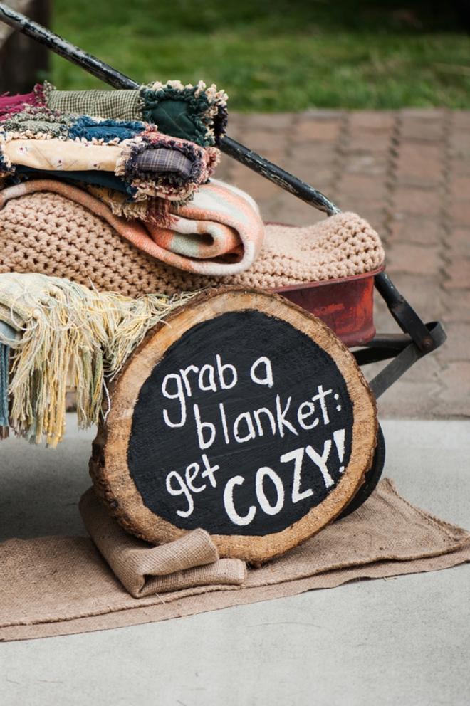 blanket fall wedding ideas
