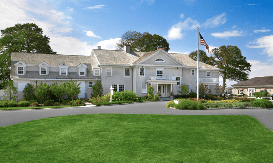mansion at west sayville long island