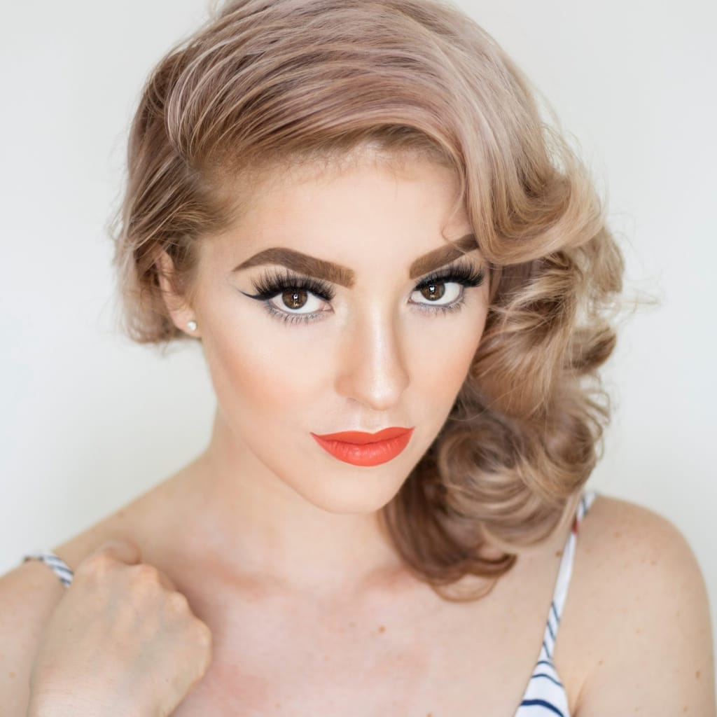 Bridesmaid Hairstyles: Side Swept Curls