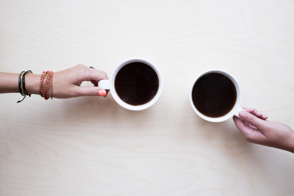 coffee mugs with black coffee