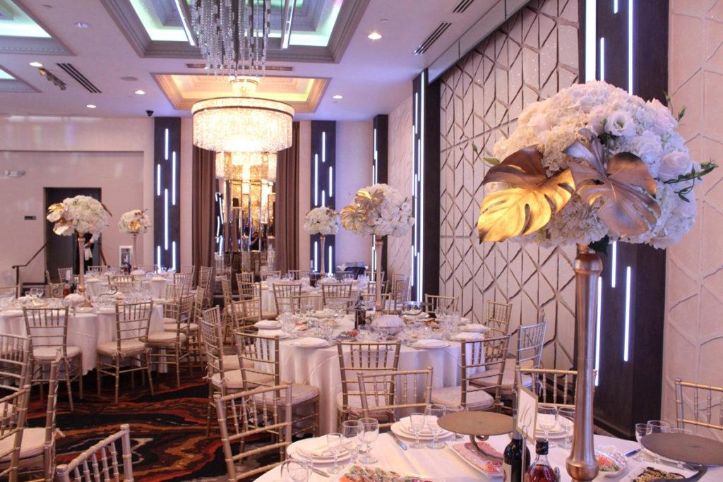 luxury wedding at de luxe banquet hall
