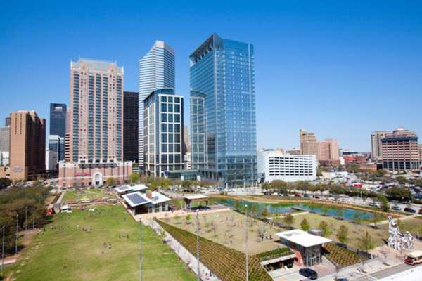 discovery green wedding