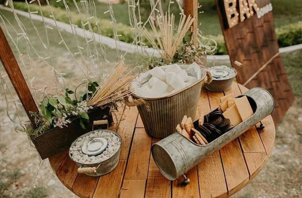 fall wedding ideas smores bonfire