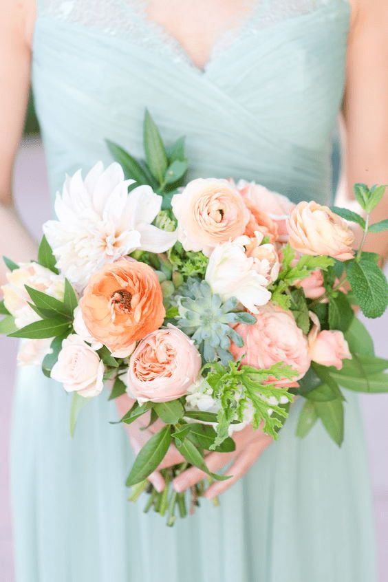 Spring wedding colors: Mint and coral
