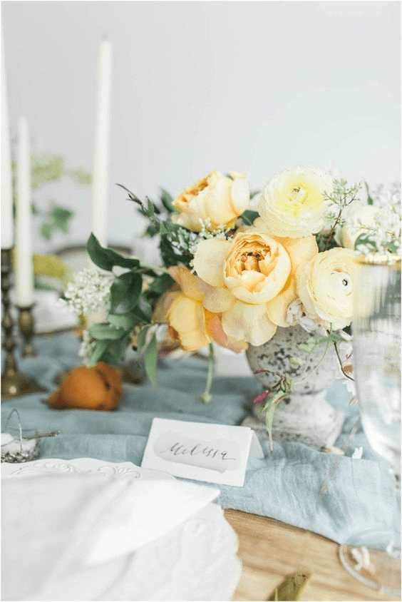 Soft yellows are lovely spring wedding colors