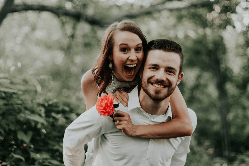 12 Engagement Photo Ideas And Tips On How To Plan Your Shoot