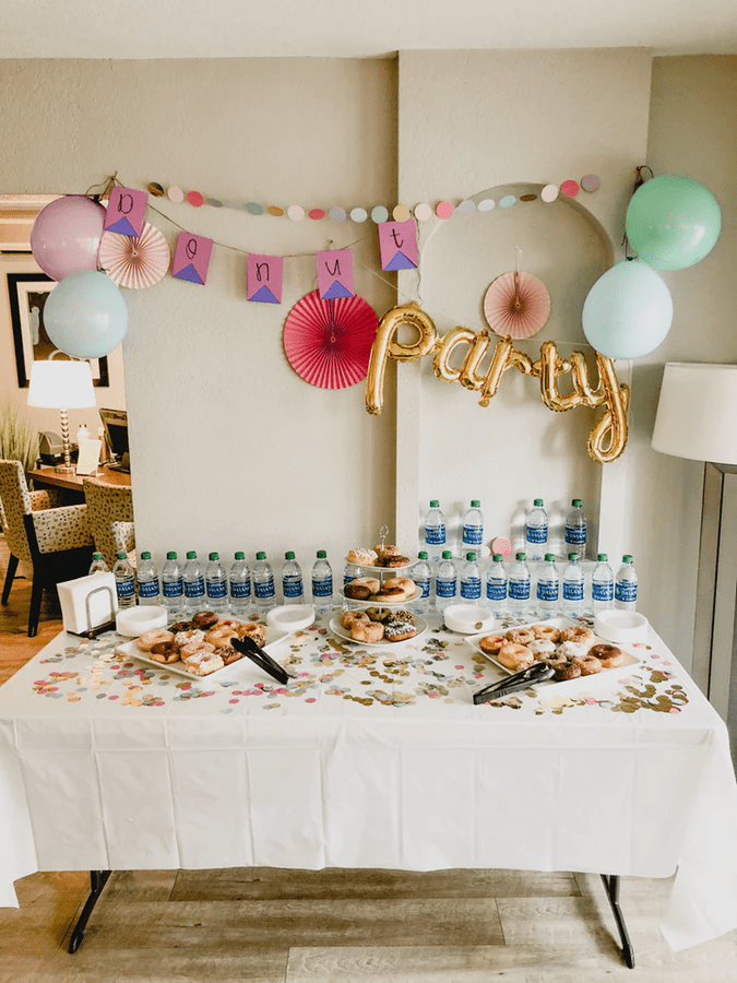 20 Clever And Affordable Bridal Shower Decoration Ideas