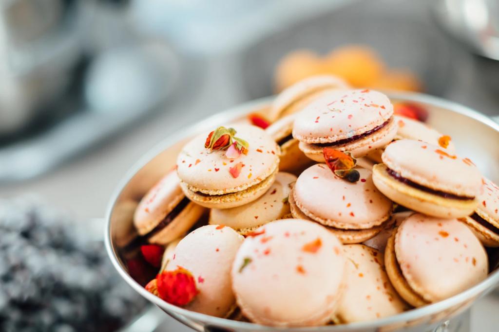 Bridal shower decoration ideas: Macarons