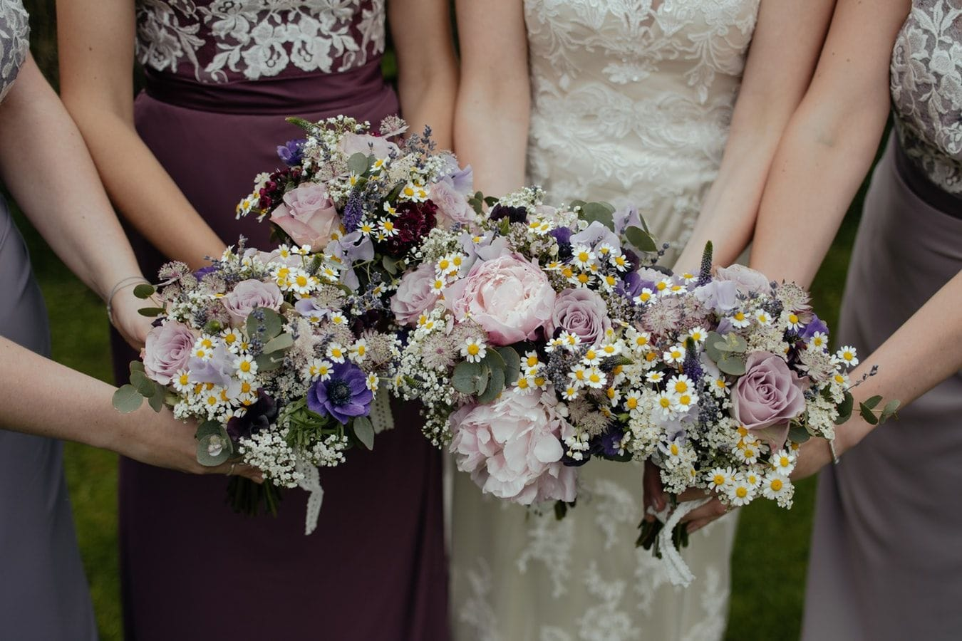 Your Guide To The Best Spring Wedding Colors For 2020 Joy