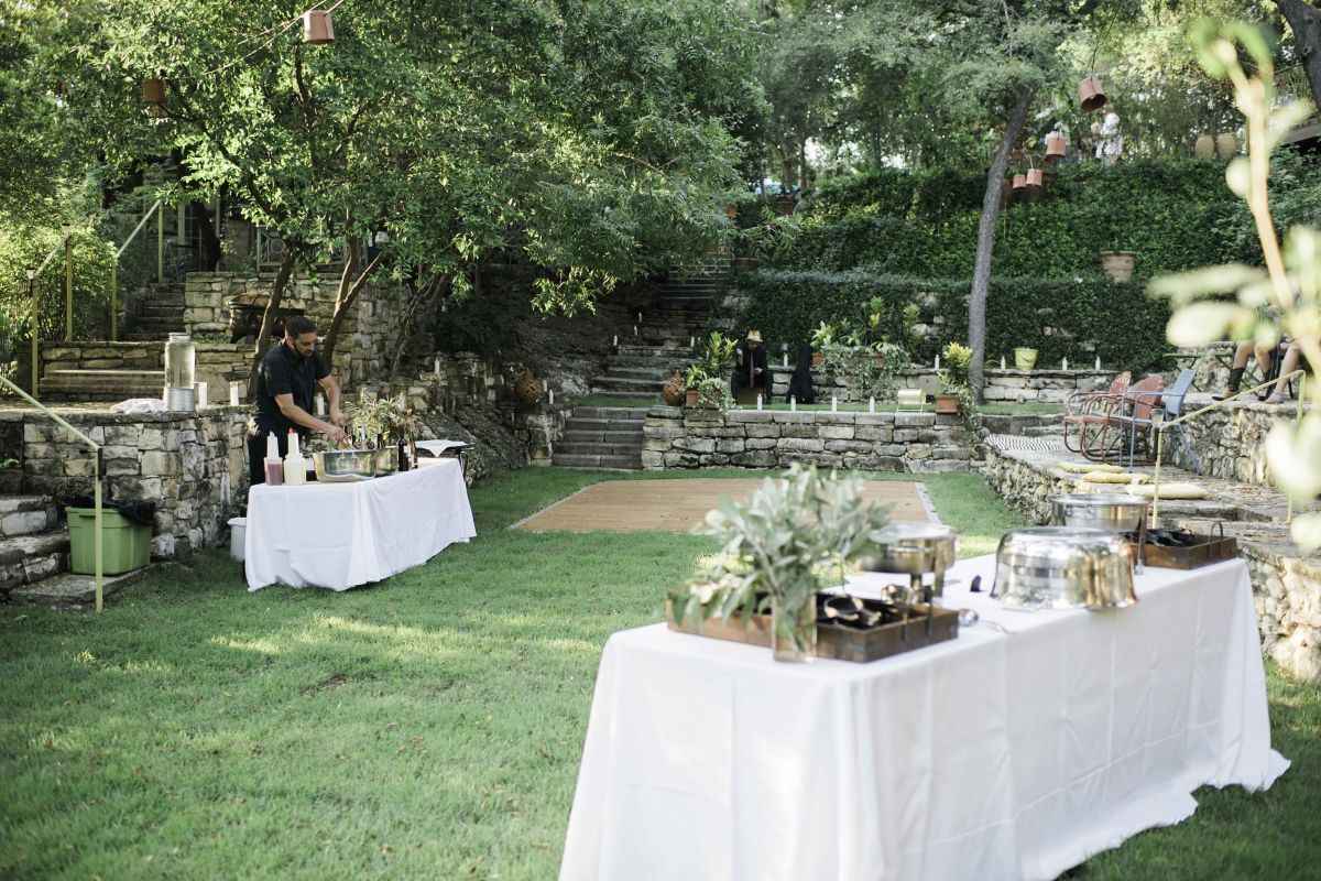 the inn at jennifer's gardens austin wedding venue
