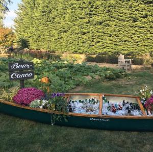 beer canoe outdoor summer wedding ideas